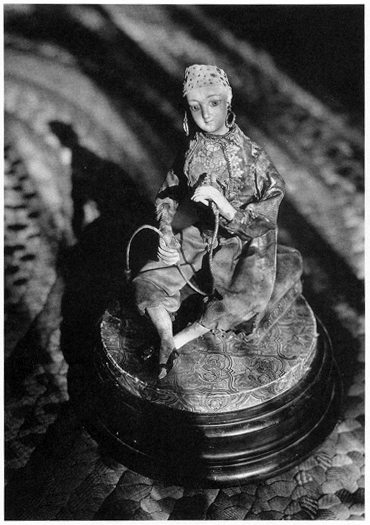 Photo of Cather family music box, by Lucia Woods.