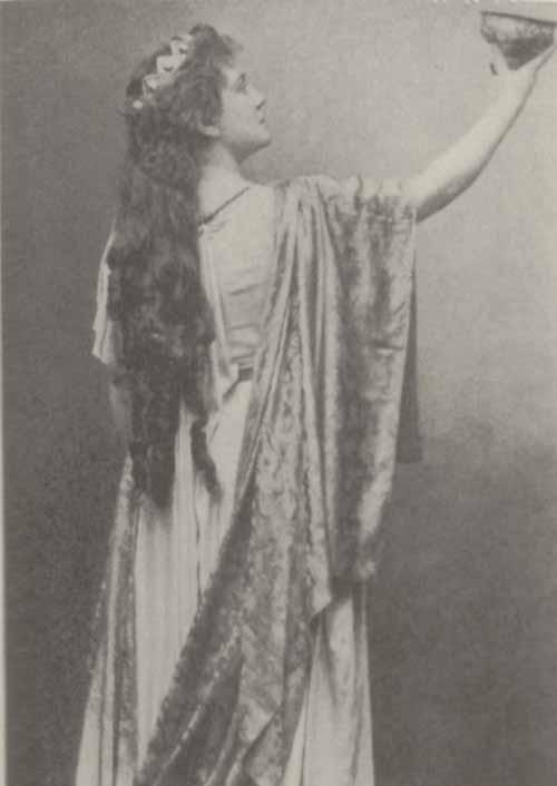 Photo of Lillian Nordica.