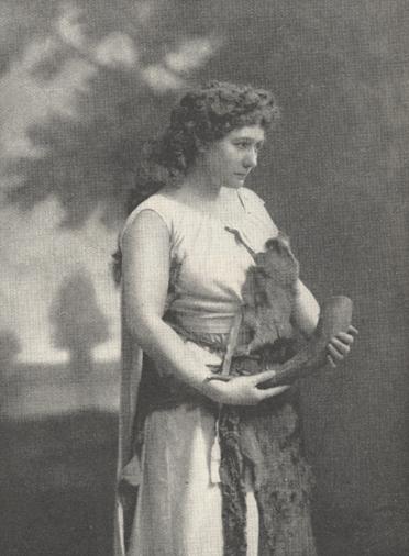 Illustration of Fremstad holding a horn.